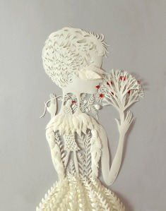 Por-Dentro.-Paper-Sculpture-by-Elsa-Mora