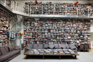Lagerfeld's library