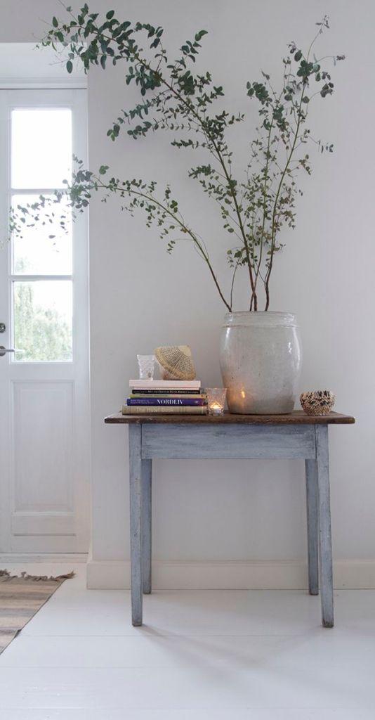 pale blue table