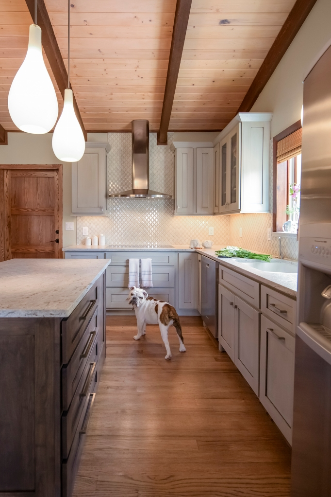 Laura Medicus Eclectic Kitchen Bulldog