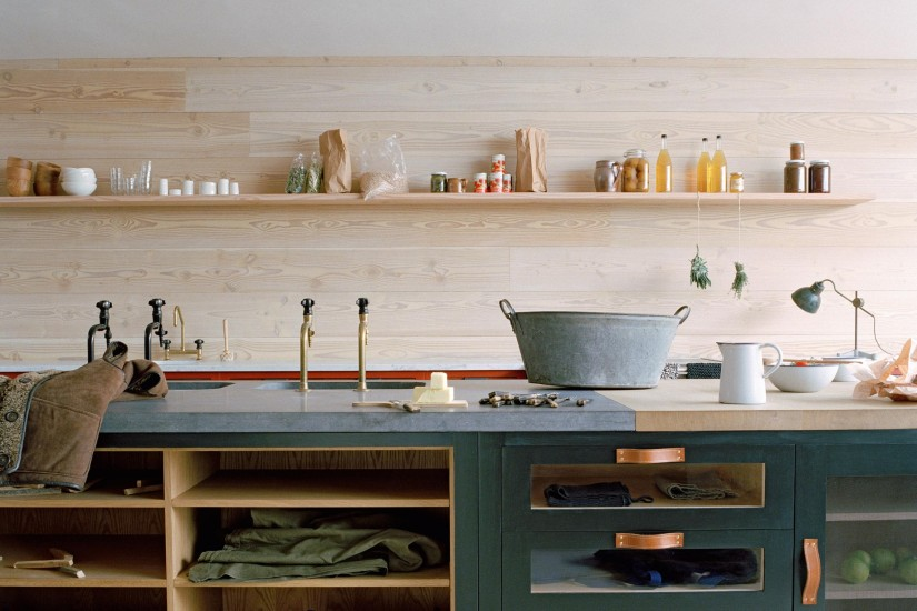 natural-wood-and-green-kitchen