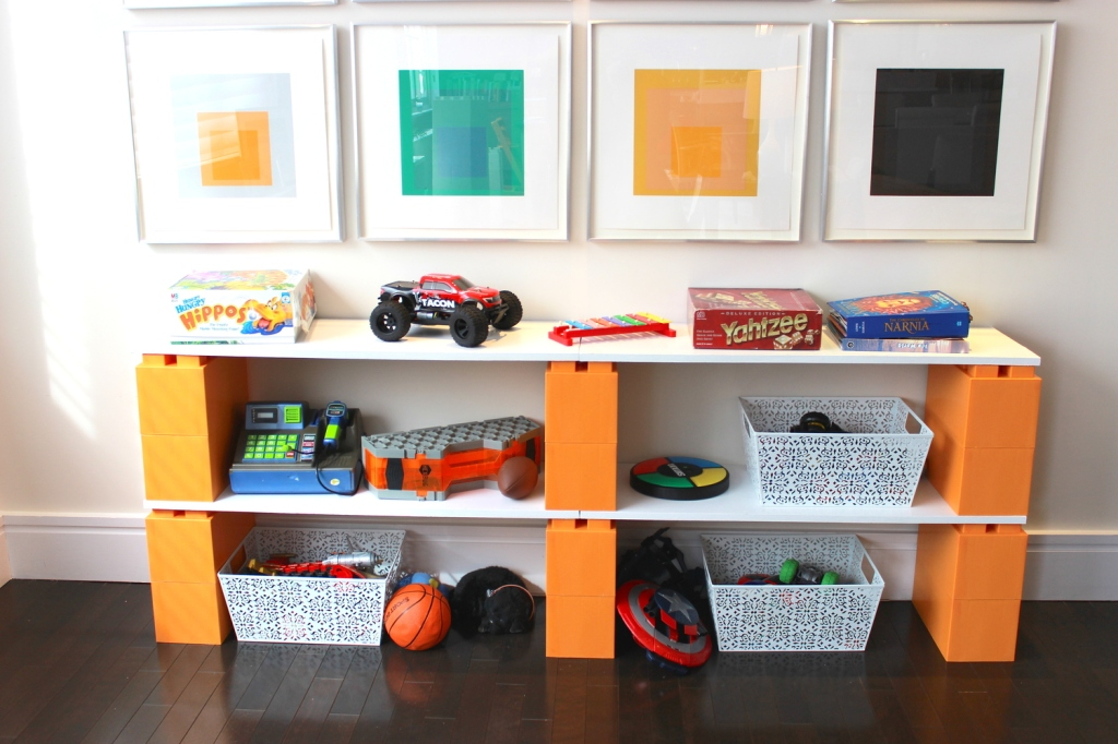 toy-shelving-legos