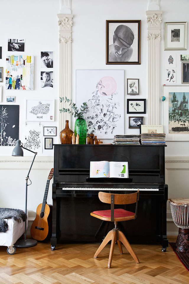 When Pianos Try To Be Guitars How To Make An Upright Piano Look Hip The Colorado Nest