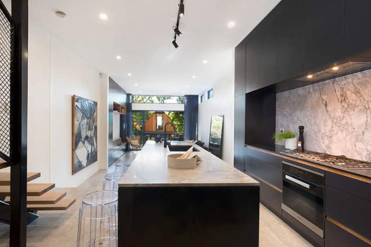black minimal kitchen