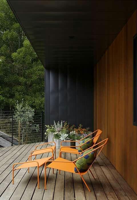 modern deck style