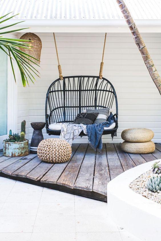 7 Stylish Hanging Chairs For Porch Sittinu0027 Season