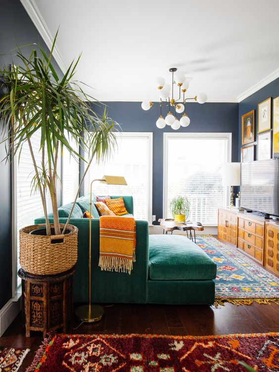 Green Couch Mountain Decor Living Room: Color My World: How To Use Dark Green In Your Home