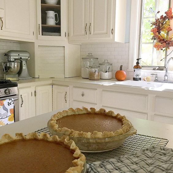 fall decorating kitchen