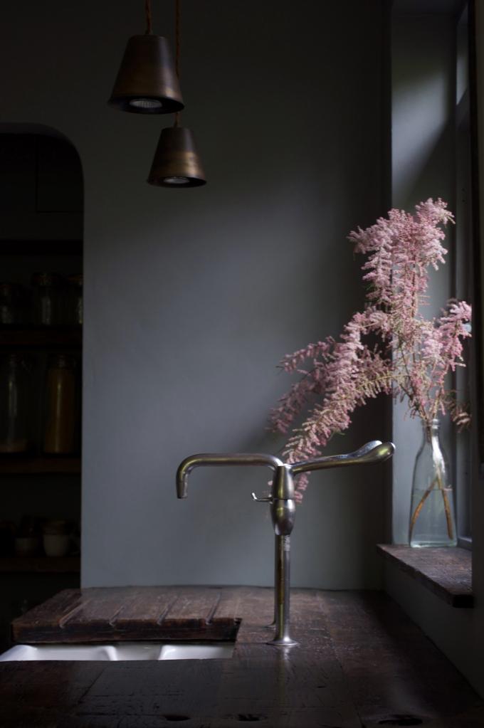 dark gray walls kitchen