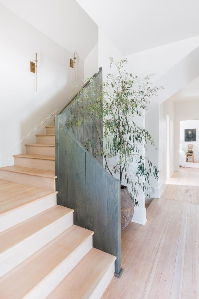 simple white oak staircase