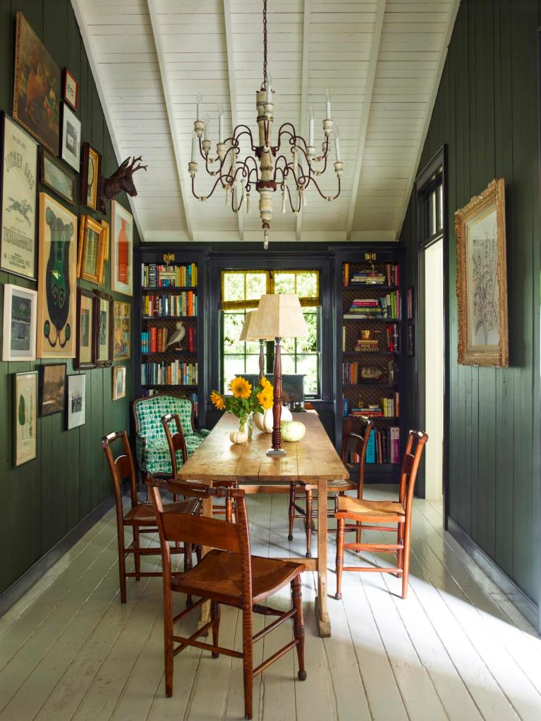 dark green walls dining room