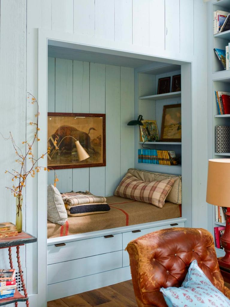 pale blue nook