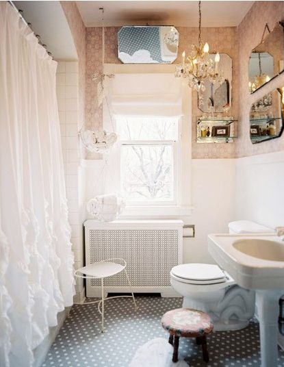 vintage mirrors bathroom